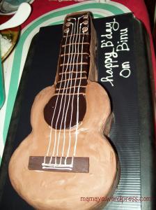 kue-gitar