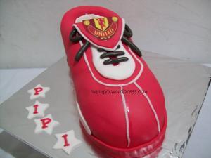 kue sepatu MU