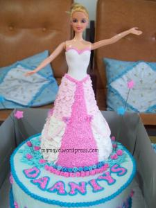 kue ultah barbie daaniys