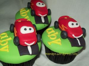 mc queen cupcakes
