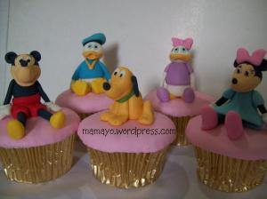 mickey n friends cupcakes