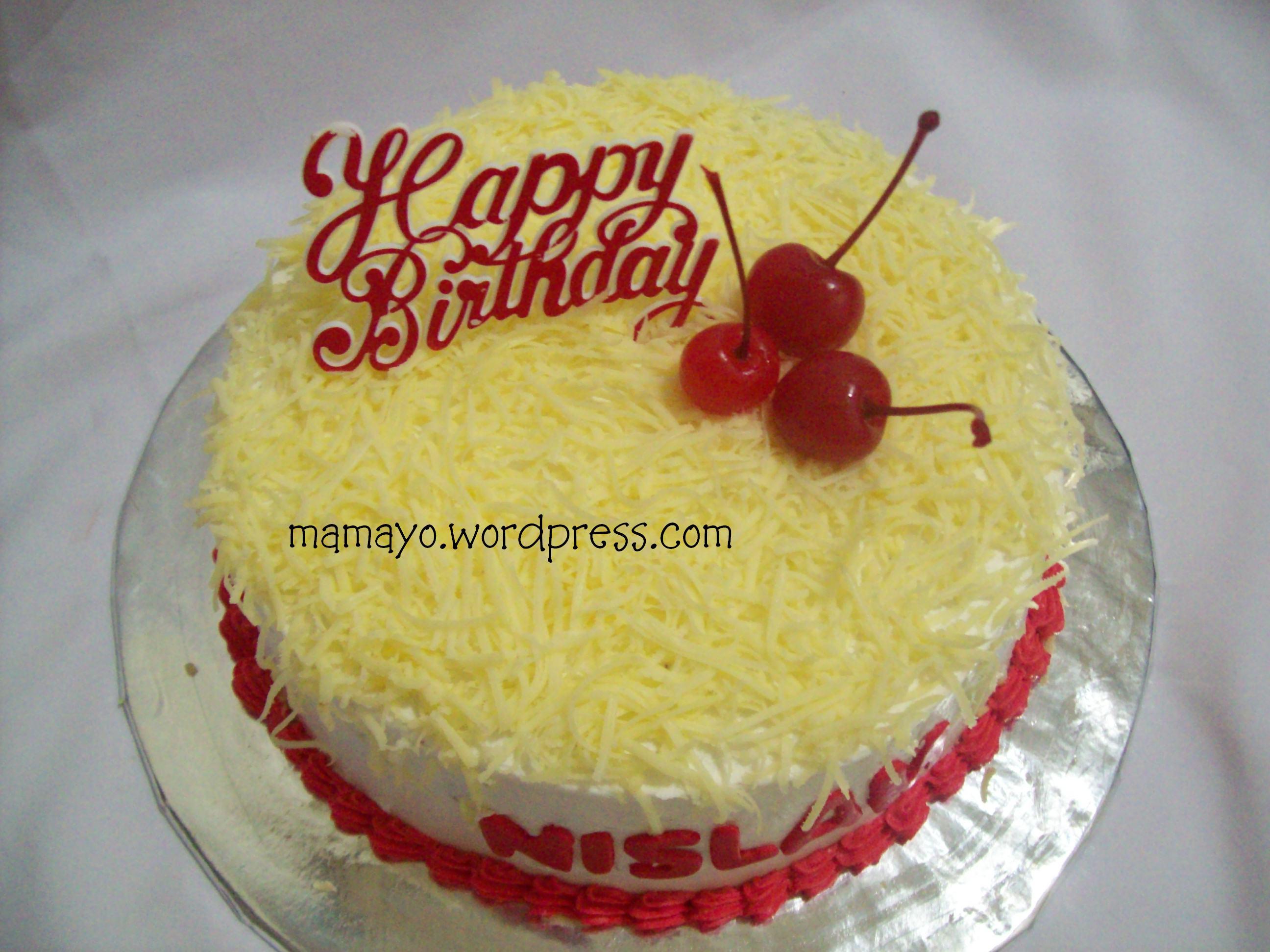 Cake sederhana buat ultah mbak nislam .. selamat ultah ya mbak nislam ...
