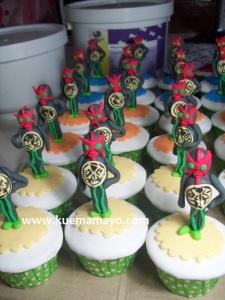 kamen rider cupcake