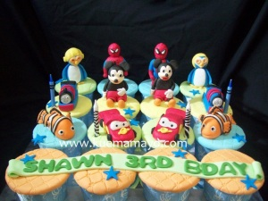 Cupcake set karakter favorit