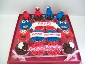 Sesame street cupcake set